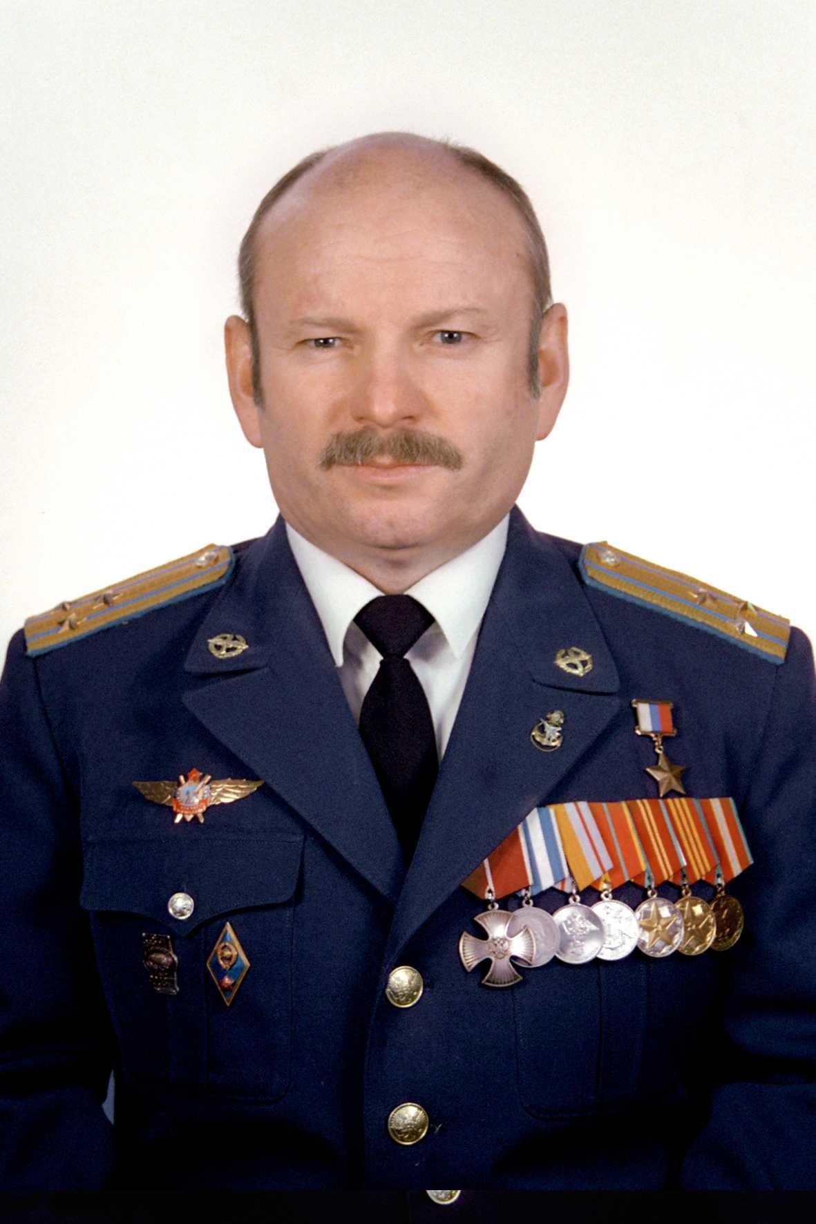 Герой России полковник ПЕТРУША Вячеслав Станиславович