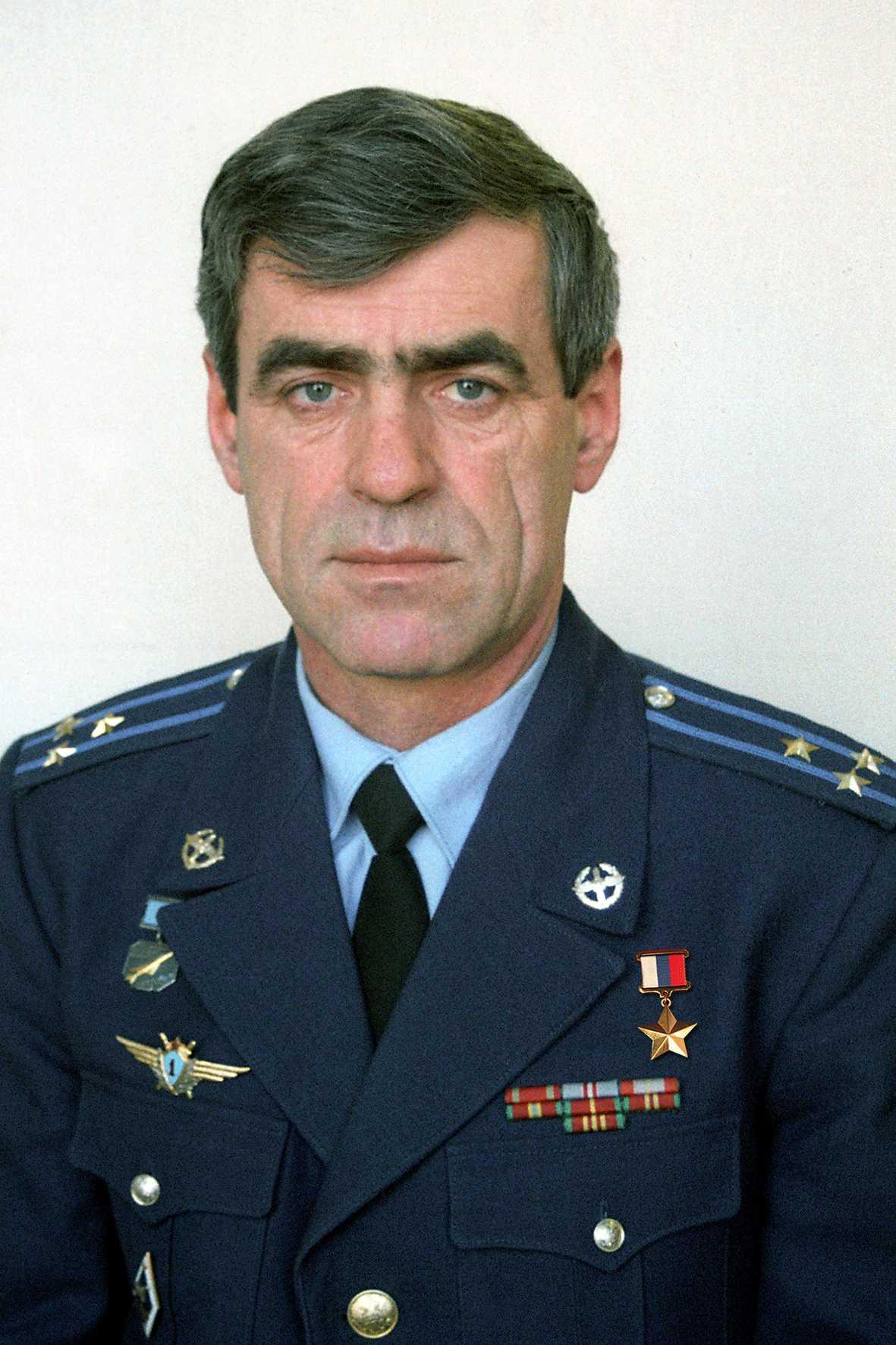 Герой России полковник Храпцов Сергей Иванович