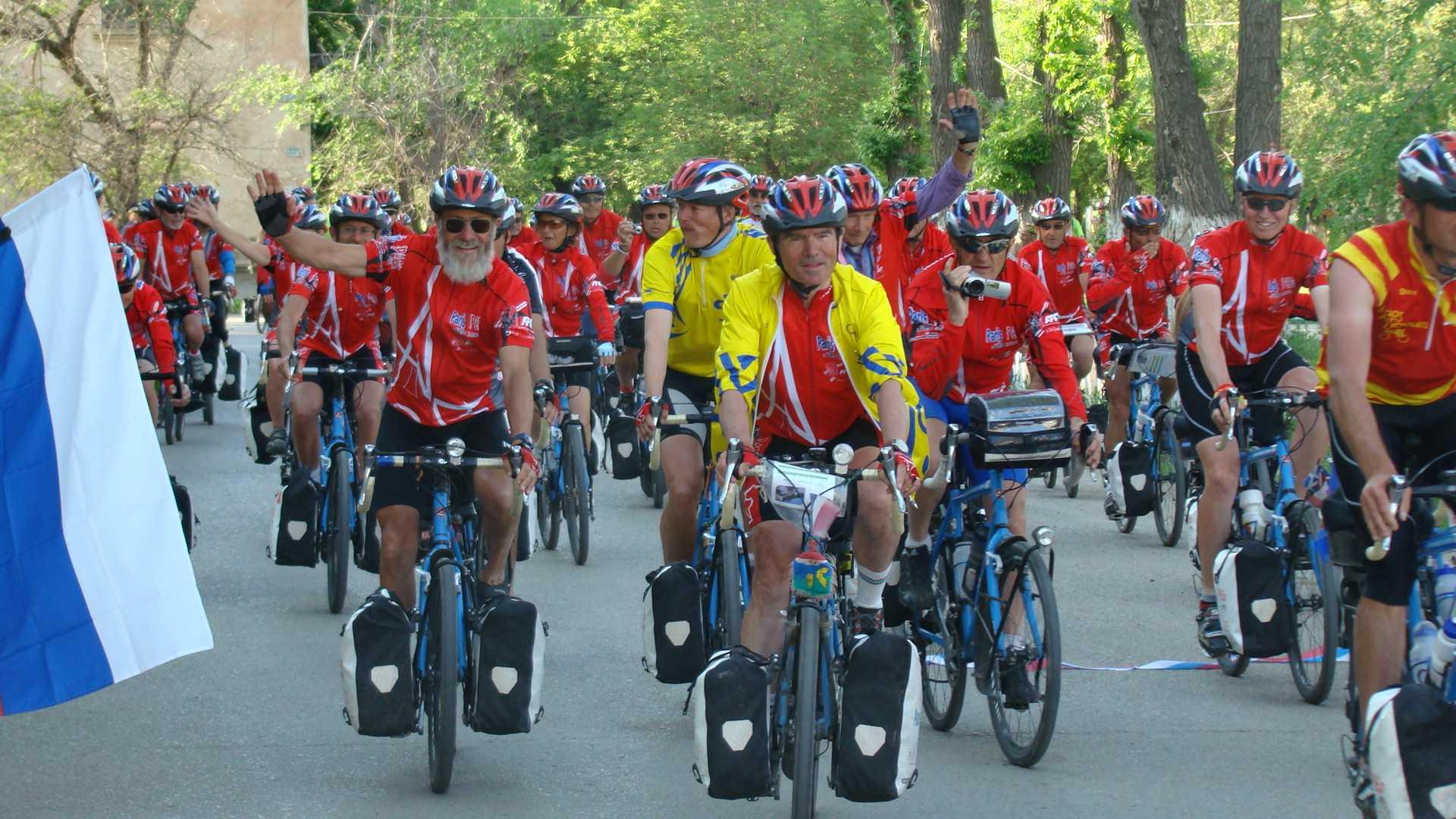 Четыре года назад, по пути на Олимпиаду в Пекин, группа интернациональных велосипедистов посетила Ахтубинск