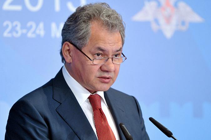 Выслушав доклад министра обороны, депутаты выразили готовность обеспечить «посадку» Сердюкова  в тюрьму за развал обороноспособности страны
