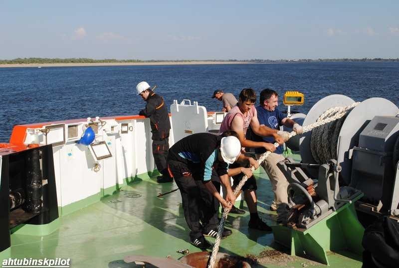 Уникальная  спасательная операция прошла на Волге, недалеко от Ахтубинска