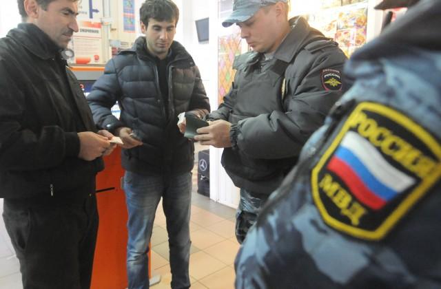 В Волгограде обсуждают идею запрета на ношение платков и разгон антитеррористического митинга