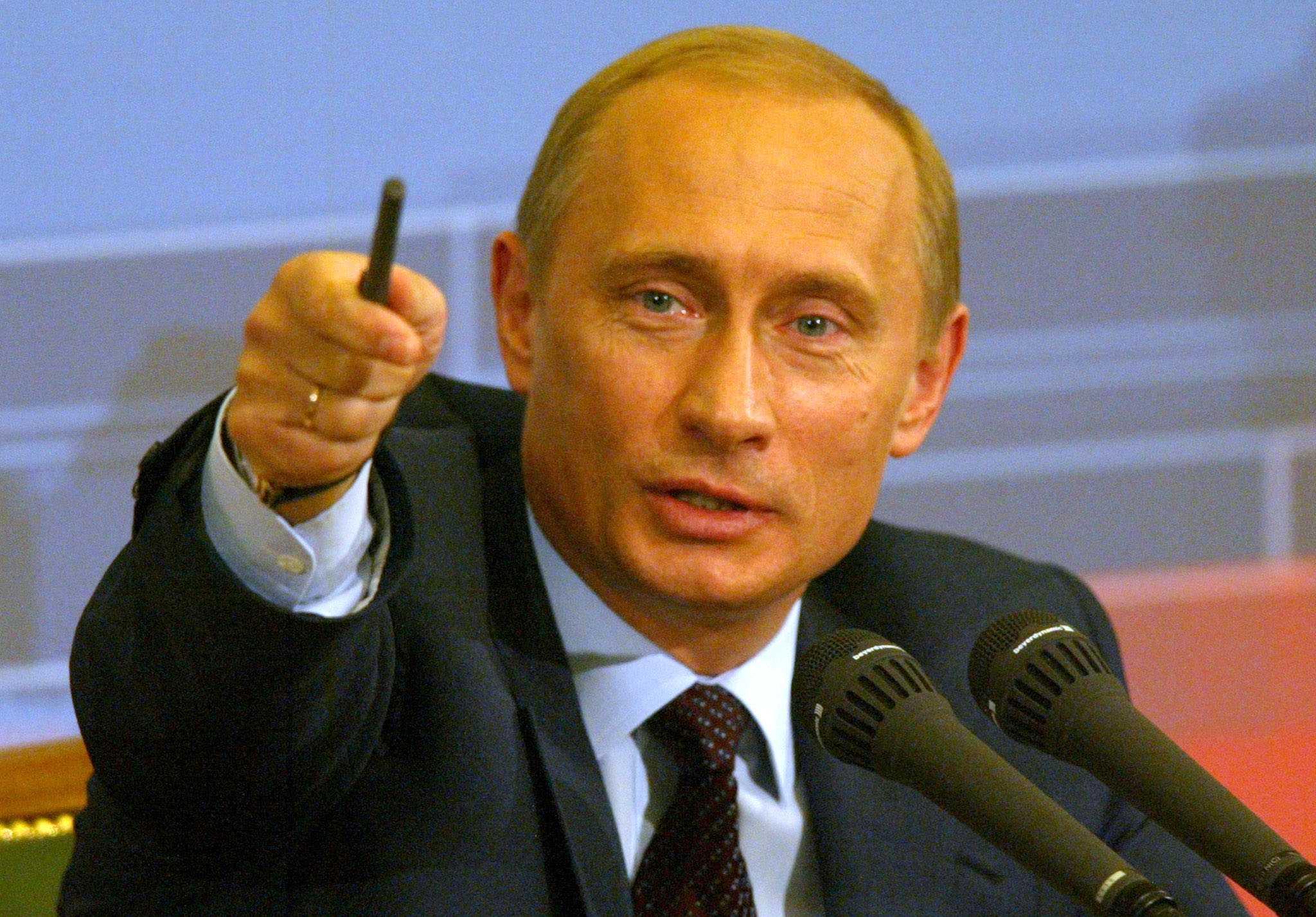Президента РФ Владимира Путина россияне назвали политиком года-2013