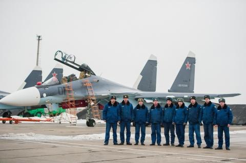 Губернатор Астраханской области Александр Жилкин посетил ГЛИЦ им. В.П.Чкалова и встретился с военнослужащими
