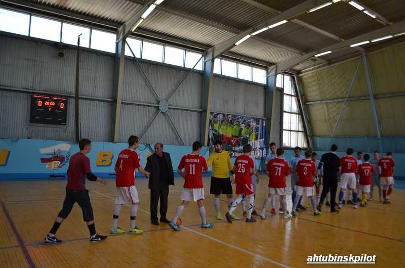 Футбольный турнир на авиационную тему