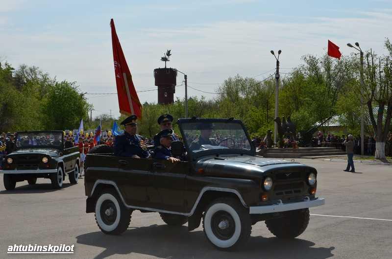 Вместе с военным парадом  в Ахтубинске состоялся парад Героев