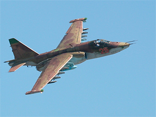 Захваченный ополченцами Су-25 нанес удар