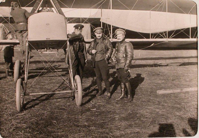 История авиации на фото: авиационная рота и V дивизион при XII армии. 1915 год