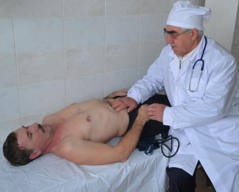 Врач из села Болхуны Ахтубинского района Владимир Яковенко назван «Лучшим сельским врачом 2014 года»