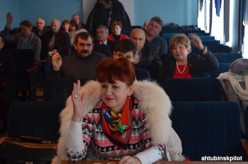 Заседание районного Совета, на котором говорили о собачьих фермах, экономическом чуде и судьбе больницы