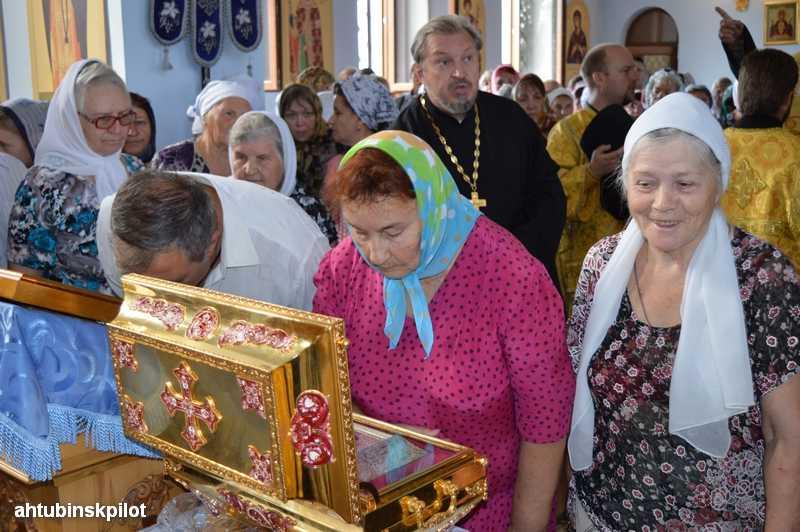 Мощи крестителя Руси – князя Владимира встретили в Ахтубинске