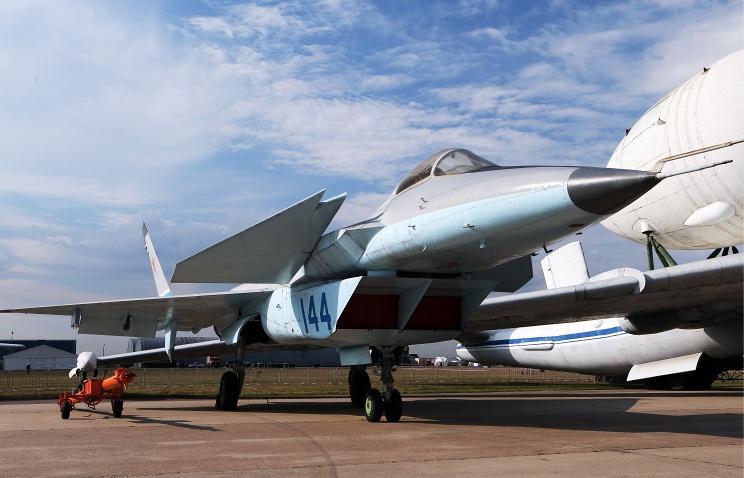 «МиГ» разрабатывает второй российский самолет пятого поколения на базе МиГ-1.44