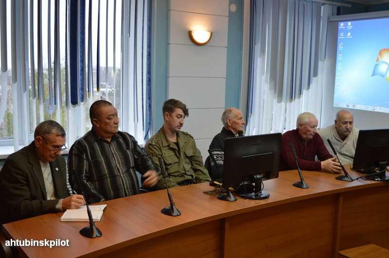 Своим мнением о противостоянии терроризму  поделились члены общественно-консультативного совета при главе района