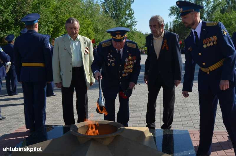 На мемориальном комплексе прошел воинский ритуал Славы