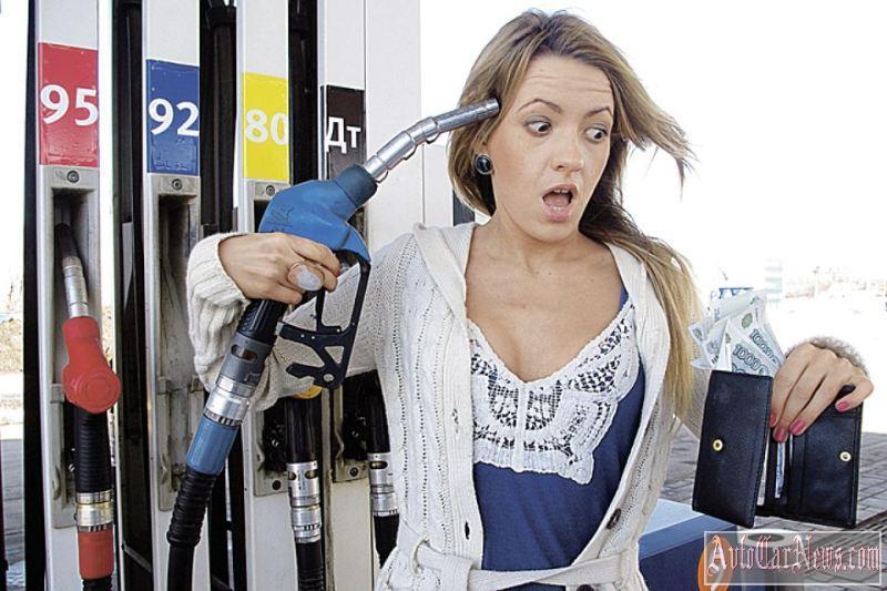 Из-за неуемного роста цен на бензин правительство пригрозило нефтяникам экстренно повысить пошлины на экспорт
