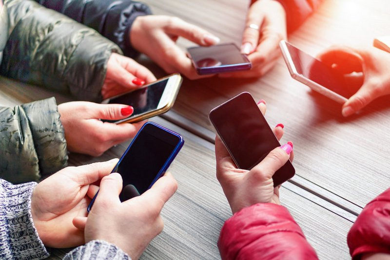 «Большая тройка» операторов отменит плату завходящие звонки вовнутрисетевом роуминге