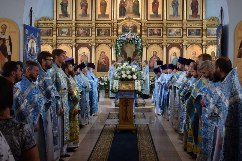 Престольный праздник в кафедральном соборе Ахтубинска