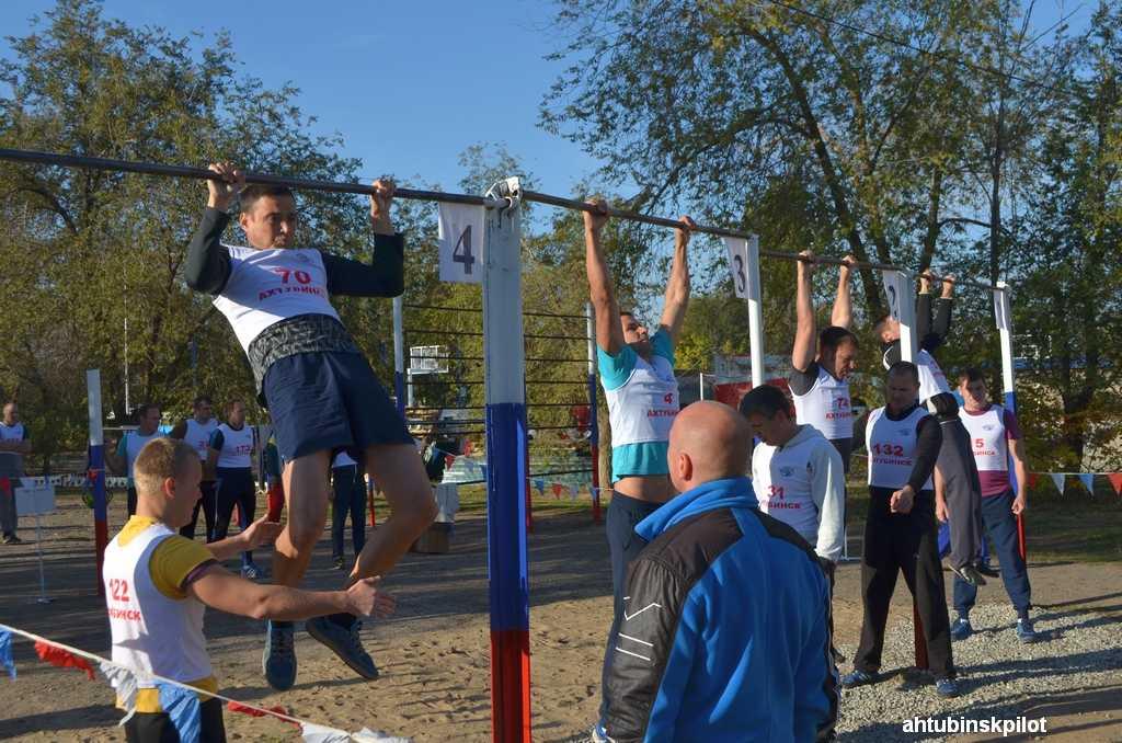 Военнослужащие ГЛИЦ им. В.П. Чкалова прошли итоговую проверку по физподготовке