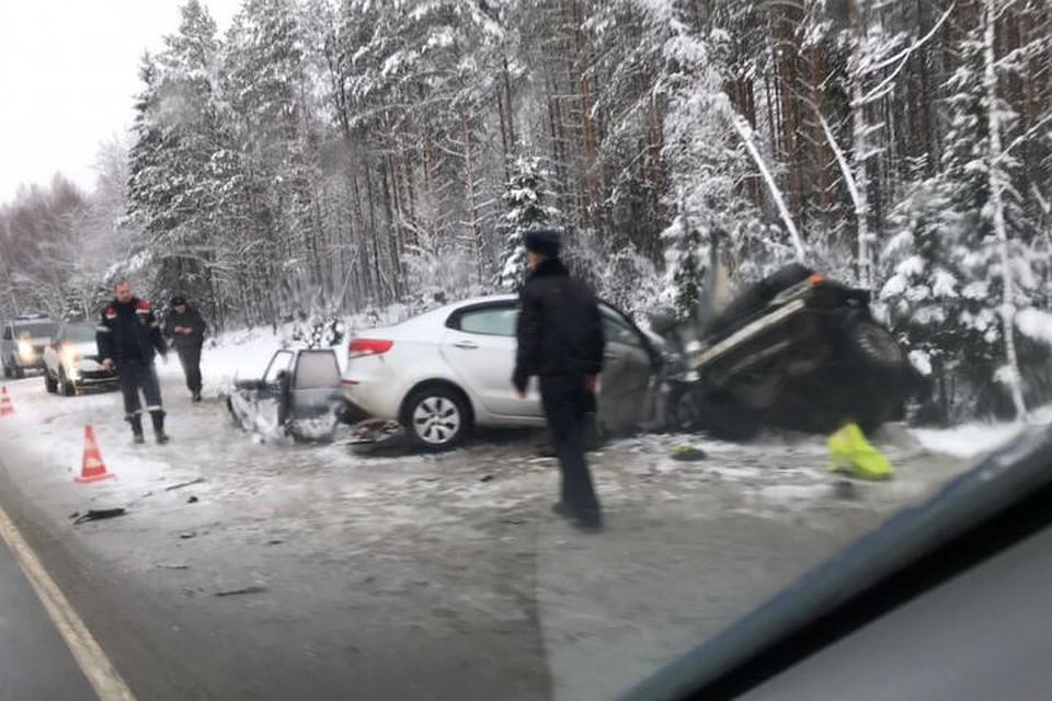 В страшное ДТП на Мурманском шоссе в Ленинградской области попал ахтубинский военный дирижер