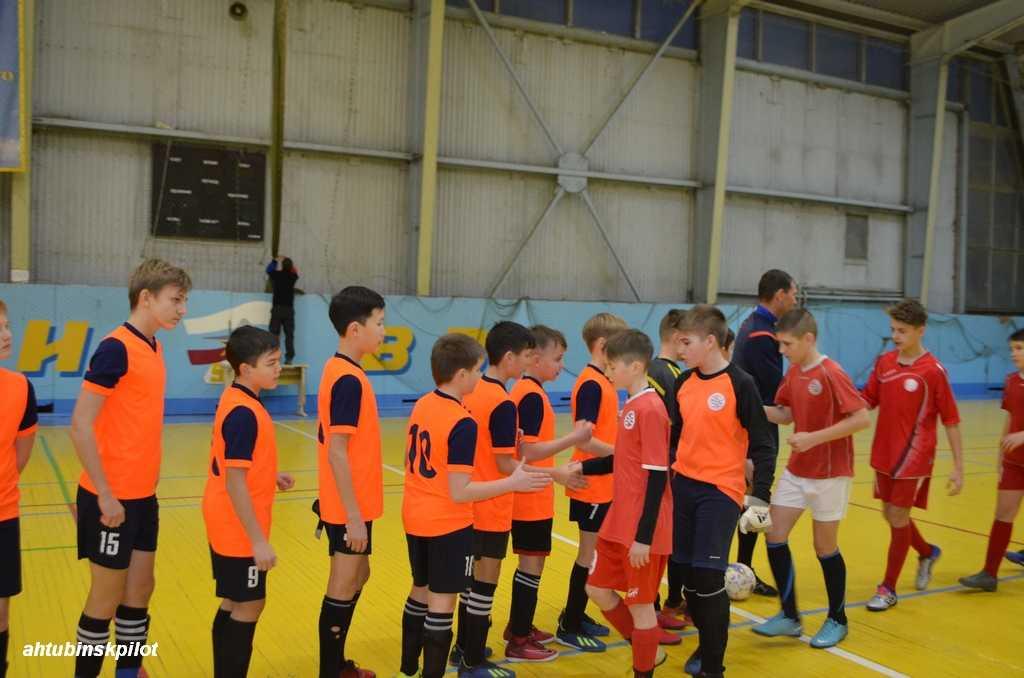 В Ахтубинске проходит турнир по футболу, посвященный памяти первого Астраханского губернатора