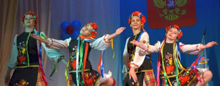Концерт «Русь, Россия, Родина моя…» украсил праздничные мероприятия в Ахтубинском районе