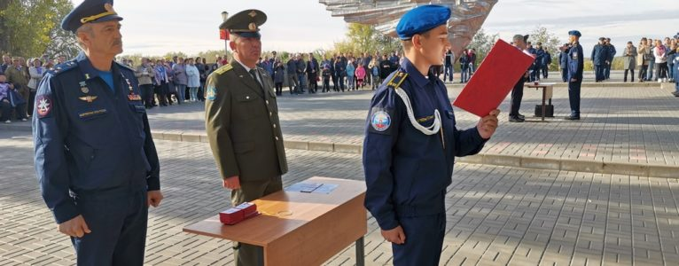 Двадцать пятое — юбилейное. Ахтубинские кадеты приняли торжественное обещание