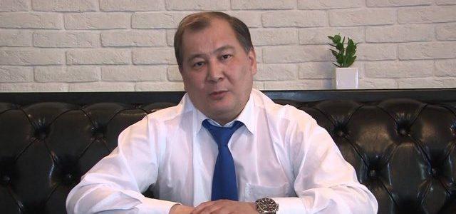Экс-глава Ахтубинска Аманга Нарузбаев получил два года условно