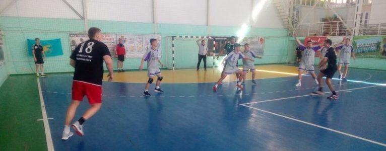 Ахтубинская молодежка провела дебютный матч на выезде