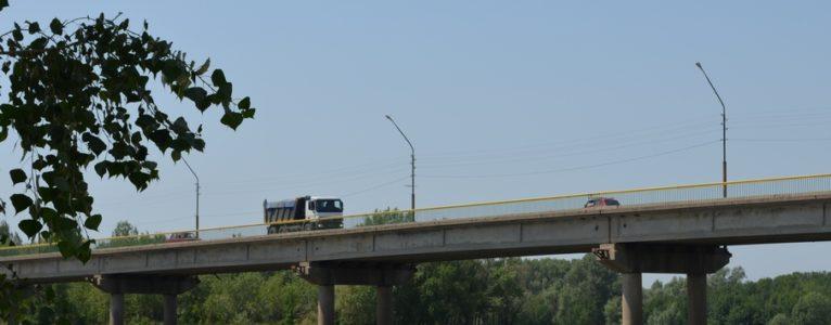 АдминистрацияАхтубинскаобъявилатендерна ремонт автодорожного моста через Ахтубу