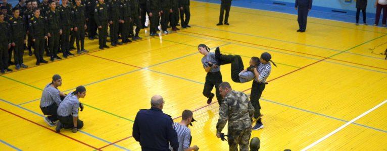 Ахтубинские кадеты вышли на спортивную площадку, чтобы почтить память героя