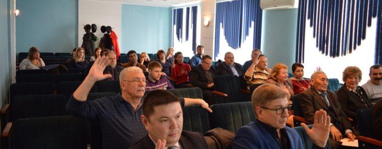Районные депутаты приняли решение о выведении спортотдела из управления образованием