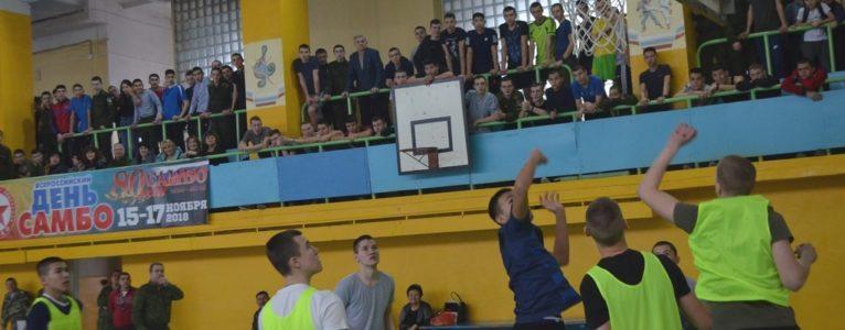 Ахтубинские кадеты встречали День защитника Отечества в спортивном комплексе