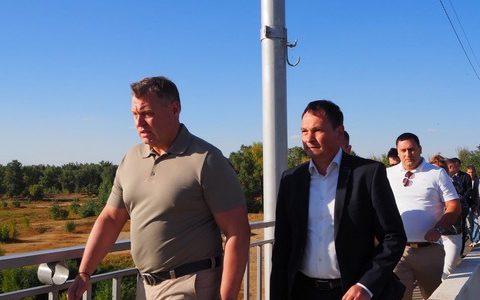 Губернатор Астраханской области Игорь Бабушкин посетил с рабочим визитом Ахтубинск.
