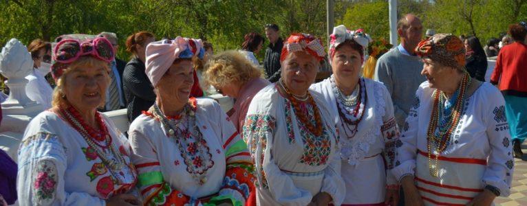 Когда душа поёт. В Ахтубинске прошел районный фестиваль творчества людей уважаемого возраста