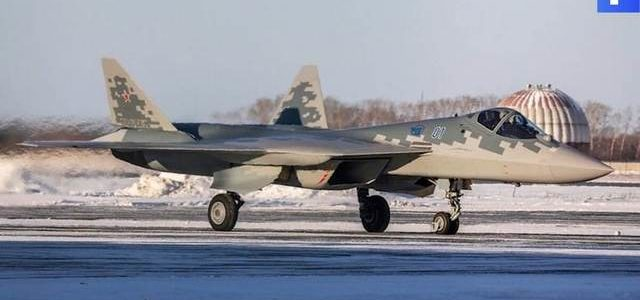 В ГЛИЦ приняли на вооружение первый серийный Су-57