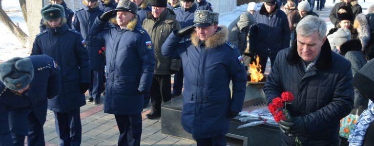 В День защитника Отечества в Ахтубинске прошла акция «Защитим память героев»
