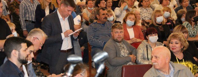 Как избавить Ахтубинский район от узурпации власти. О чем еще говорили на публичных слушаниях.