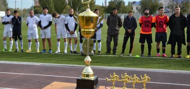 Кубок остается в городе. На стадионе «Волга» прошел турнир по футболу 8Х8 на Кубок мэра города Ахтубинск